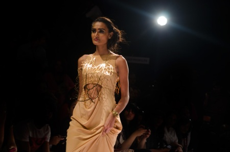 eina ahluwalia lakme fashion week