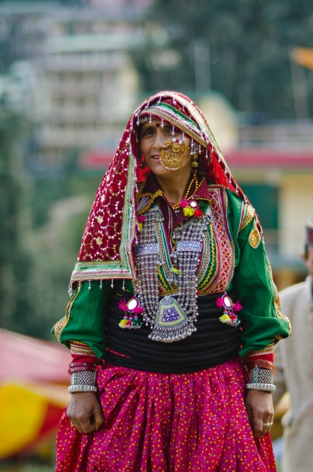 gaddi woman dancer street style india
